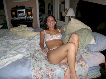 Pour un étalon cochon qui désire un plan sexe sans lendemain pour un soir sur le 07
