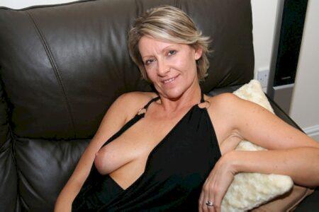 Salope sexy vraiment très classe recherche un homme chaud